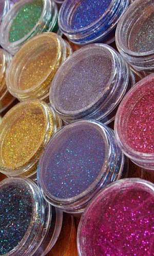 Glitter para customizar roupas