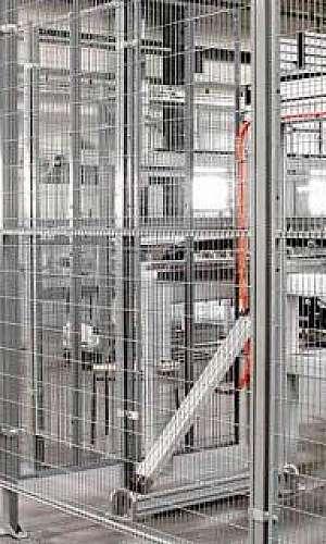 Gradil de segurança para máquinas