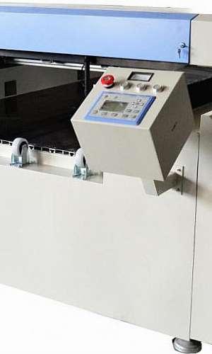 Máquina para gravação a laser
